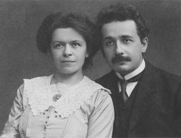 Small_1200px-albert_einstein_and_his_wife_mileva_maric