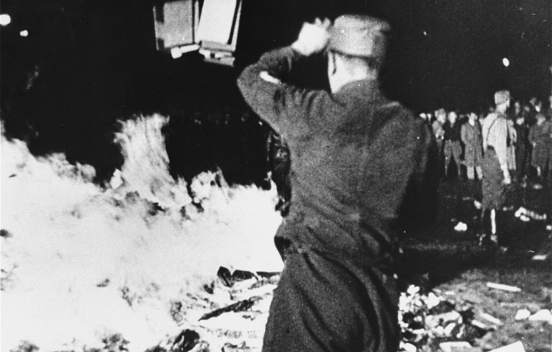 Extra_large_1933-may-10-berlin-book-burning